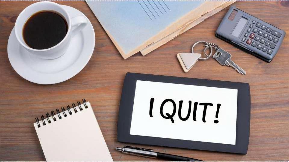 常勤講師や非常勤講師を辞めたいときは、これからも教員を続けたいのかで決めよう