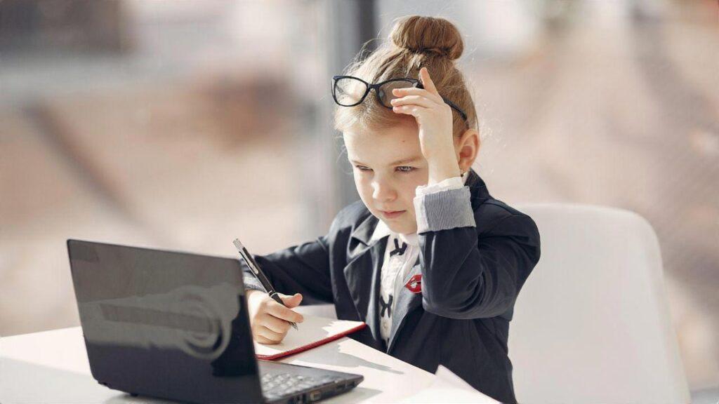 教員やってられないなら転職する道もある
