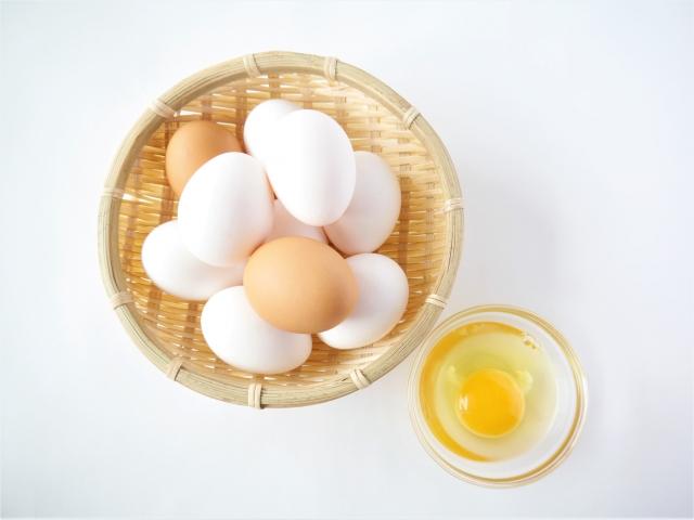 【2021年最新版】離乳食「卵」の進め方。卵黄・卵白の量、時期、頻度